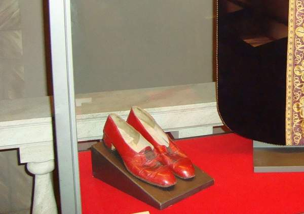 Schuhe Papst Pius XII, Shoes Pope Pius XII