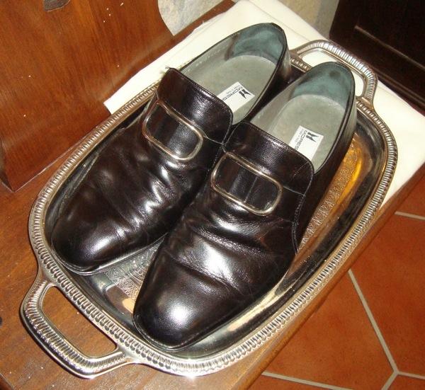 Moreschi Schuhe für Praelaten mit Schnalle, Kardinalsschuhe